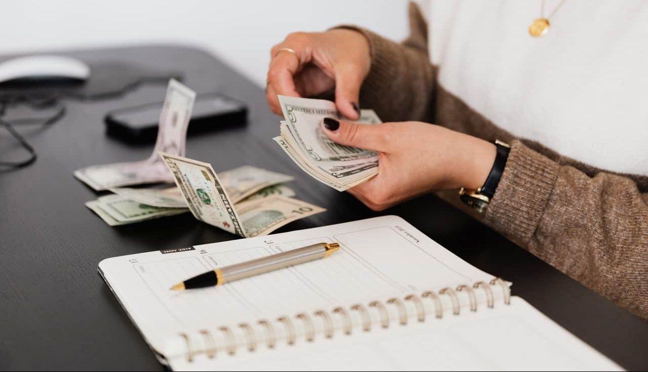 financing woman