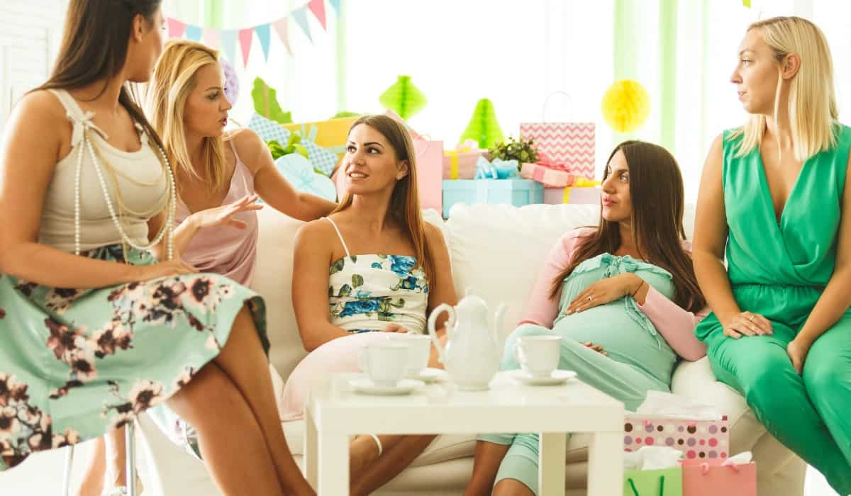women baby shower