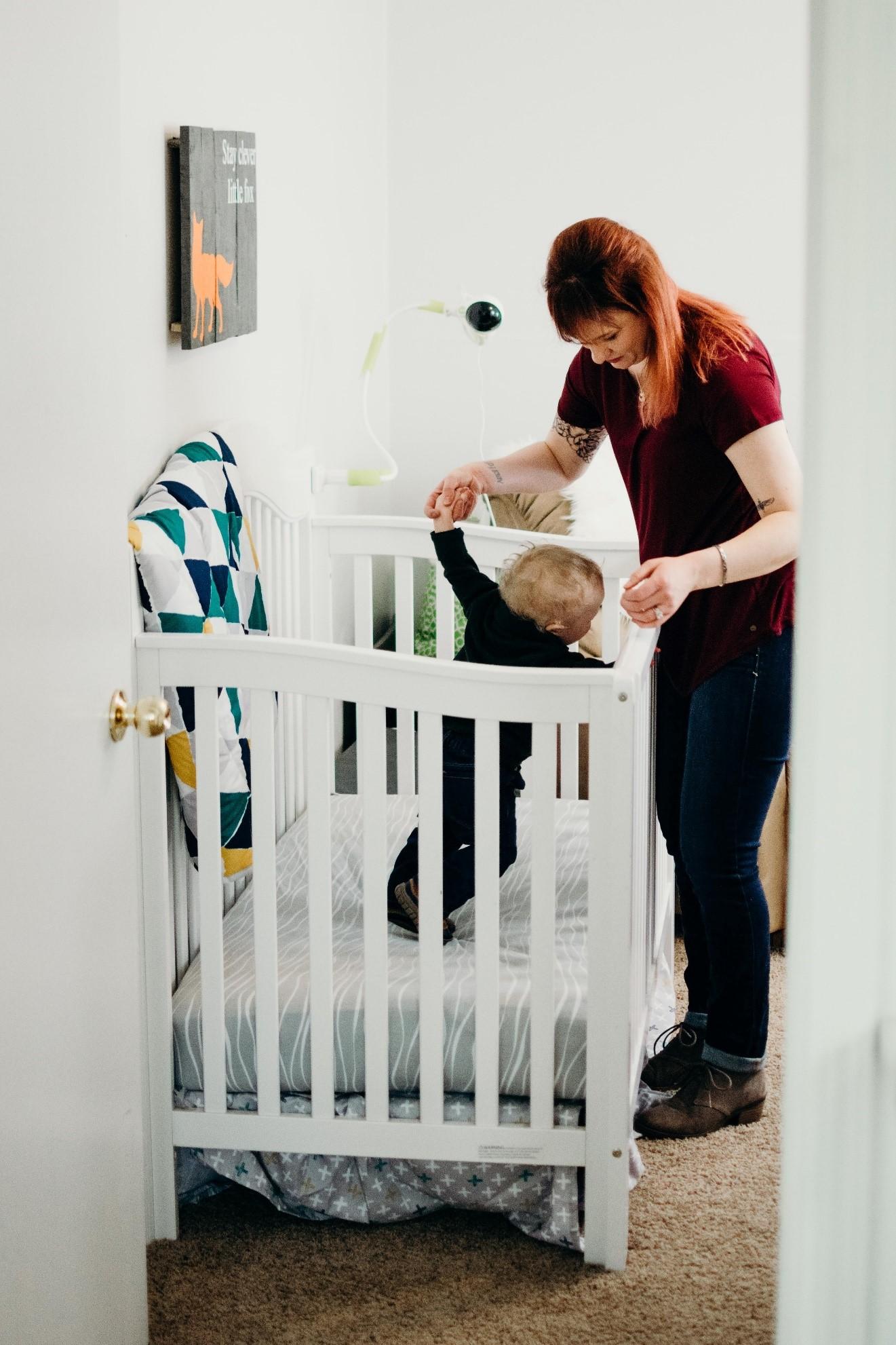 baby crib mother
